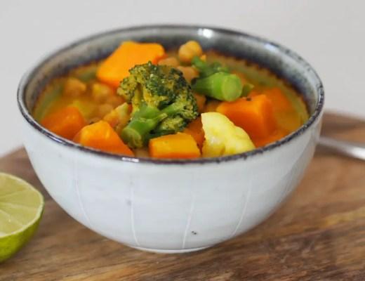 kichererbsen, currysuppe, süsskartoffeln, broccoli, brokkoli, thailändisch, kokos, rezept, einfach