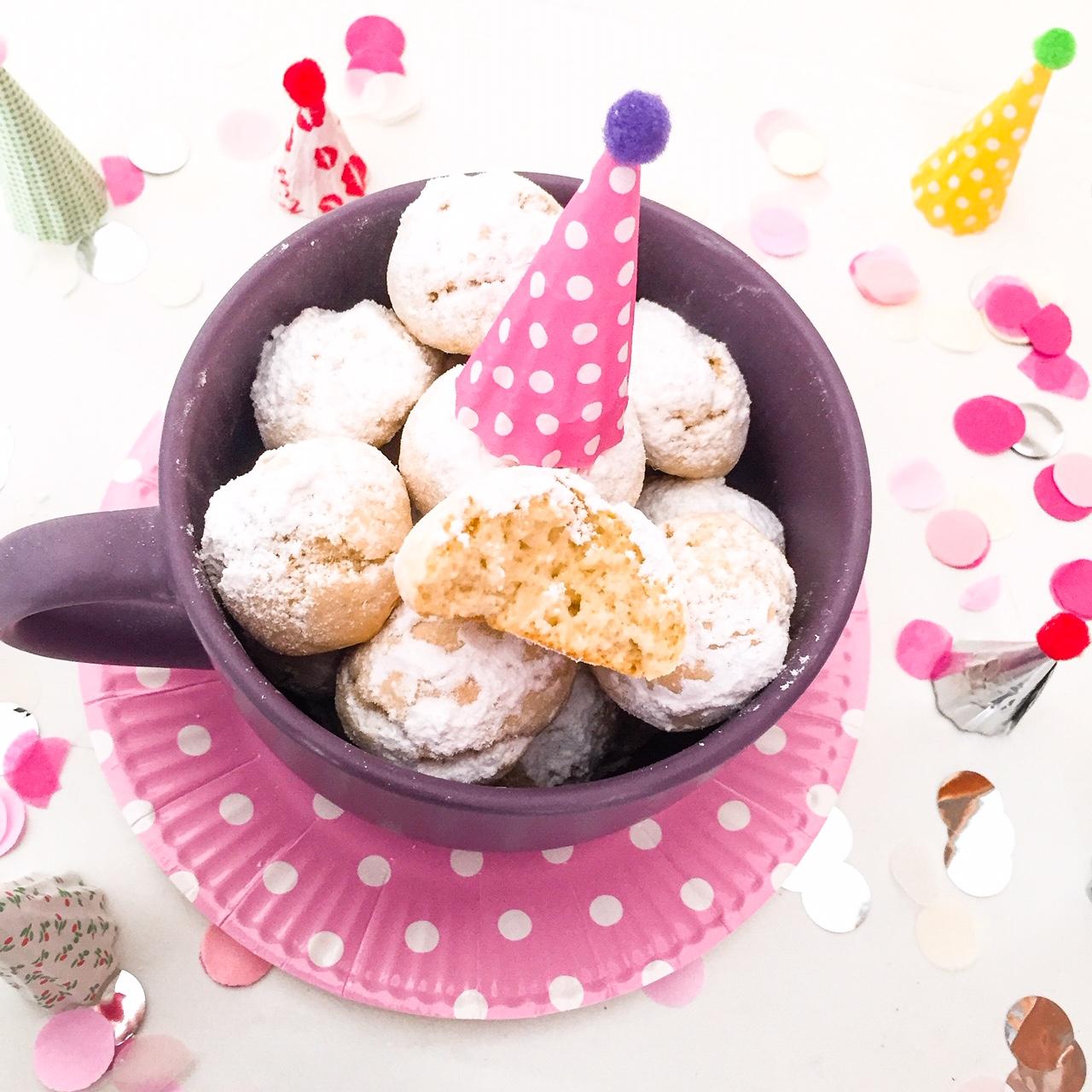 Risultato immagini per dolci di carnevale al forno