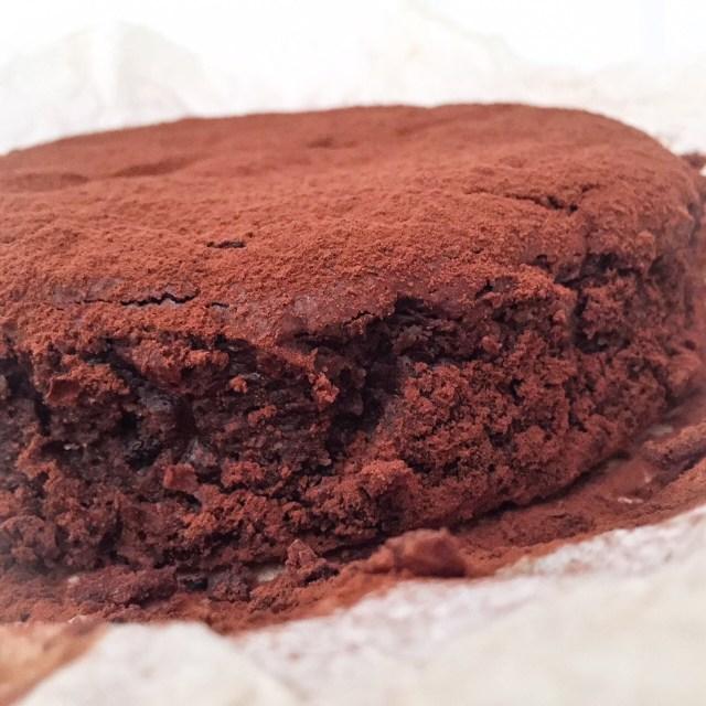 MOELLEUX al cioccolato, ricotta e cocco in primo piano
