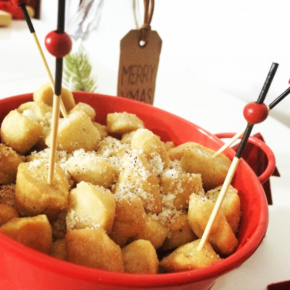 Struffoli salati cacio e pepe