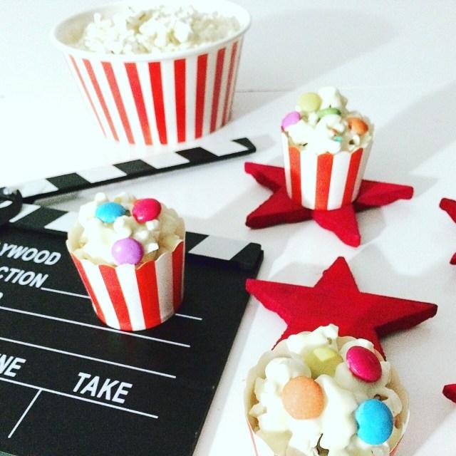 Mini secchielli di popcorn al cioccolato bianco e smarties_ciak