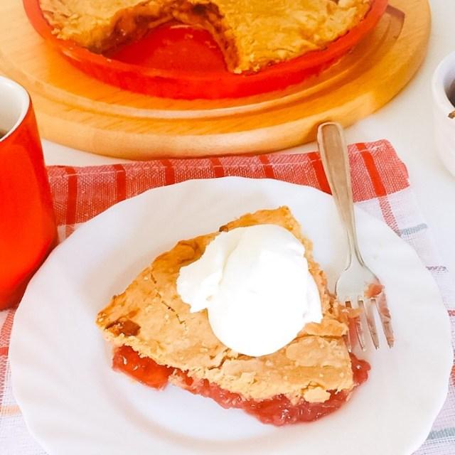 Cherry pie alla twin peaks_fetta con panna