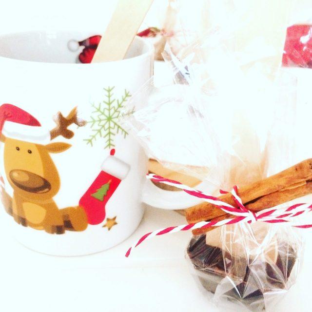 Cioccolata calda su stecco_cannella