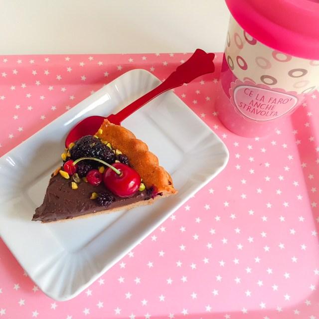 Crostata furba allo yogurt con ganache al cioccolato e caffè