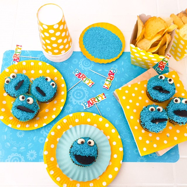 Cookie Monster Cupcake dall'alto