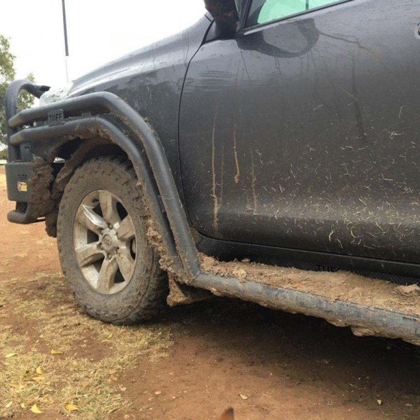 muddy-car