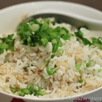 Conpoy and egg white fried rice (瑤柱蛋白炒飯)