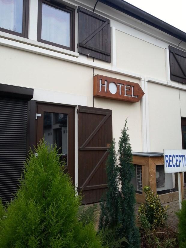 hotel porte de geneve misestratagemas (1)