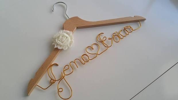 Perchas personalizadas Missestratagemas que viva la novia (5)