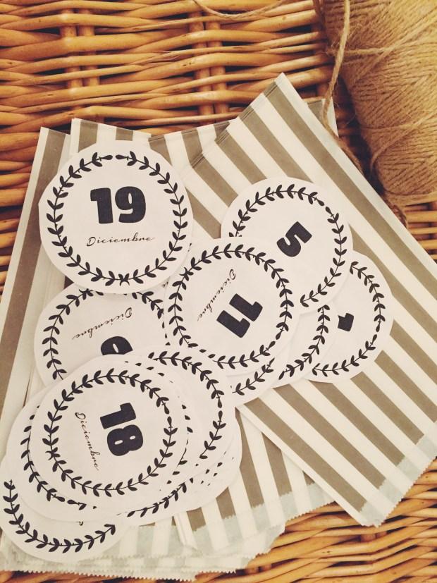 Calendario adviento missestratagemas recortable fiesta olivia DIY (8)