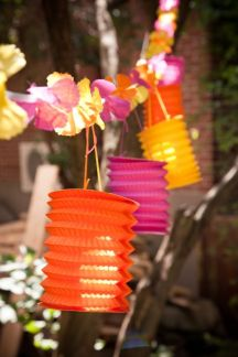Another cost effective way to inject some colour into your tropical themed event!