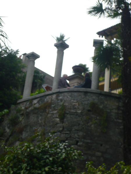 Lugano Mamie + Viviane en conversation Castagnola+Musee ethnogr (28)