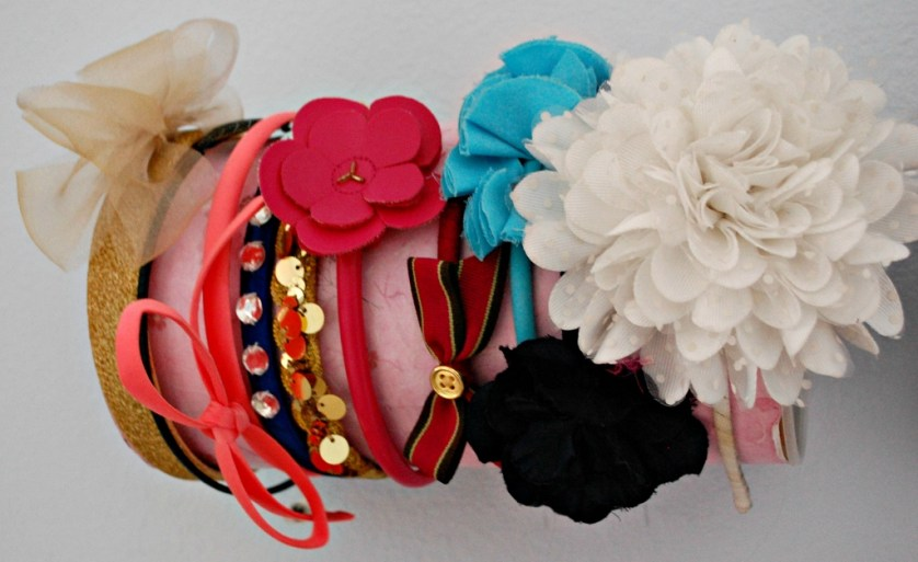 DIY Headband & Accessories Storage | missfrugalfancypants.com