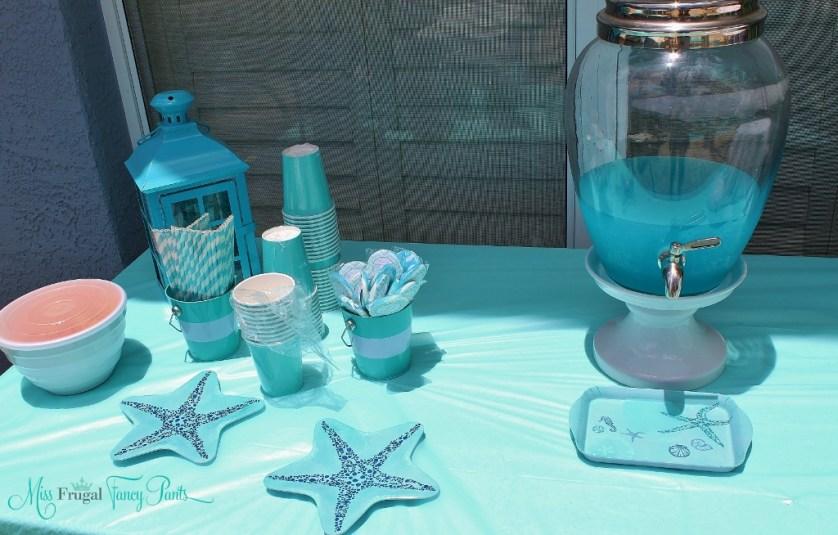 Little Mermaid Under the Sea 1st Birthday Party Outdoor Decor| missfrugalfancypants.com