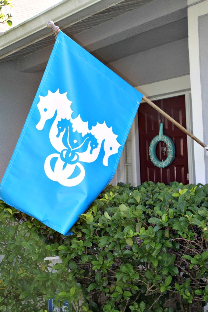 Little Mermaid Under the Sea 1st Birthday Party Seahorse Flag | missfrugalfancypants.com