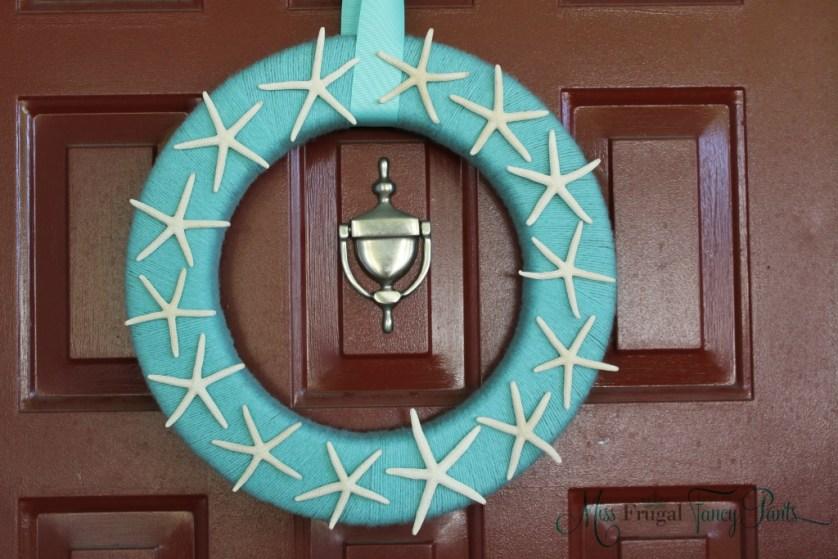 Little Mermaid Under the Sea 1st Birthday Party Starfish Wreath | missfrugalfancypants.com