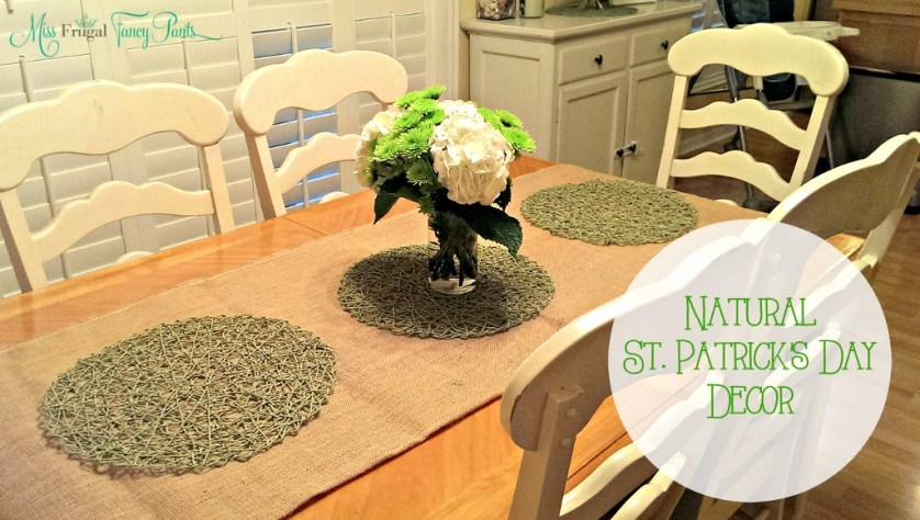 St. Patrick's Day Natural Tablescape | missfrugalfancypants.com