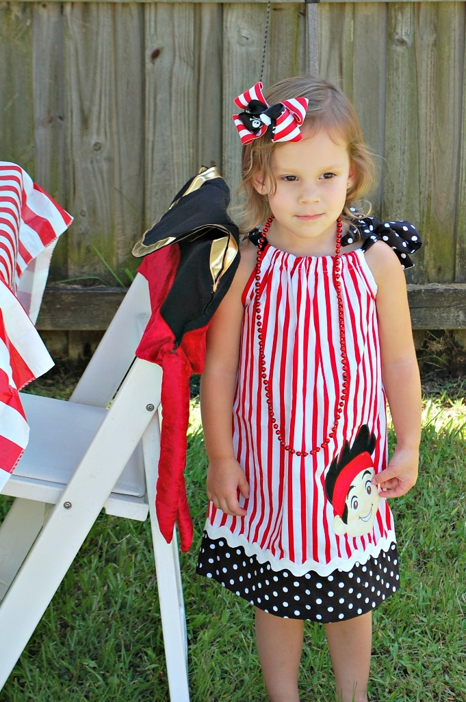 Pirate Party Dress | missfrugalfancypants.com