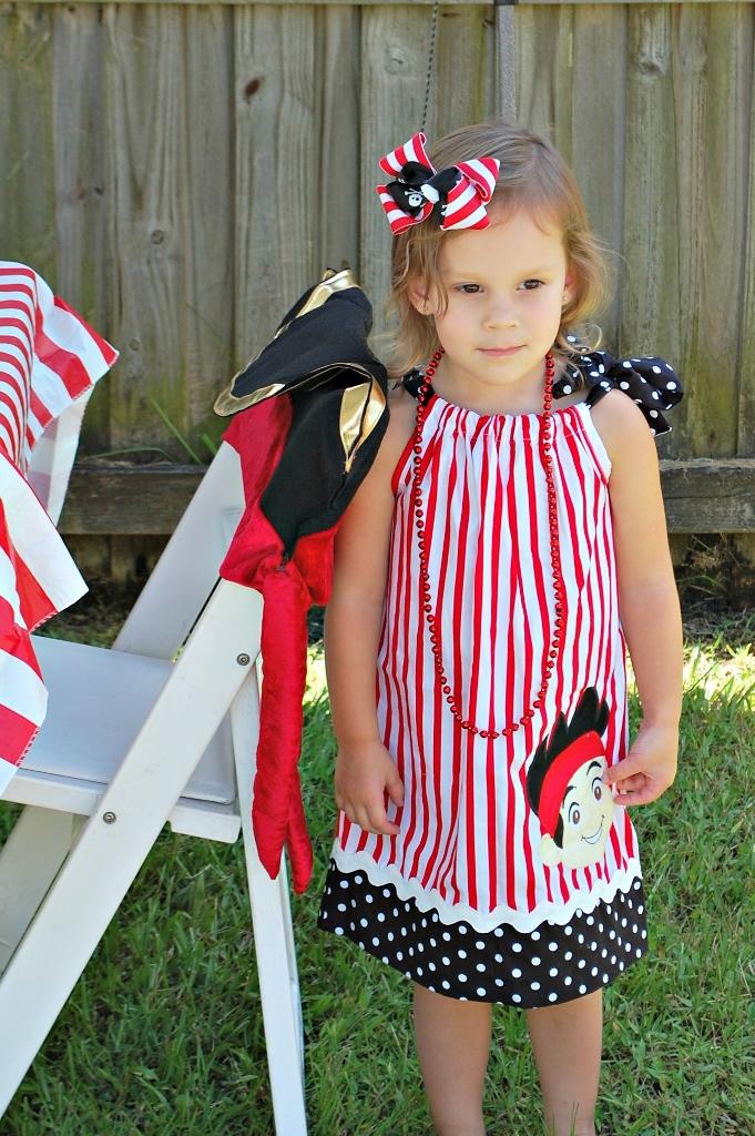 Pirate Party Dress | missfrugalfancypants.com