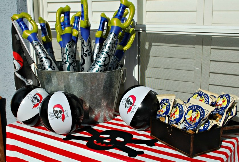 Pirate Party Goodies | missfrugalfancypants.com