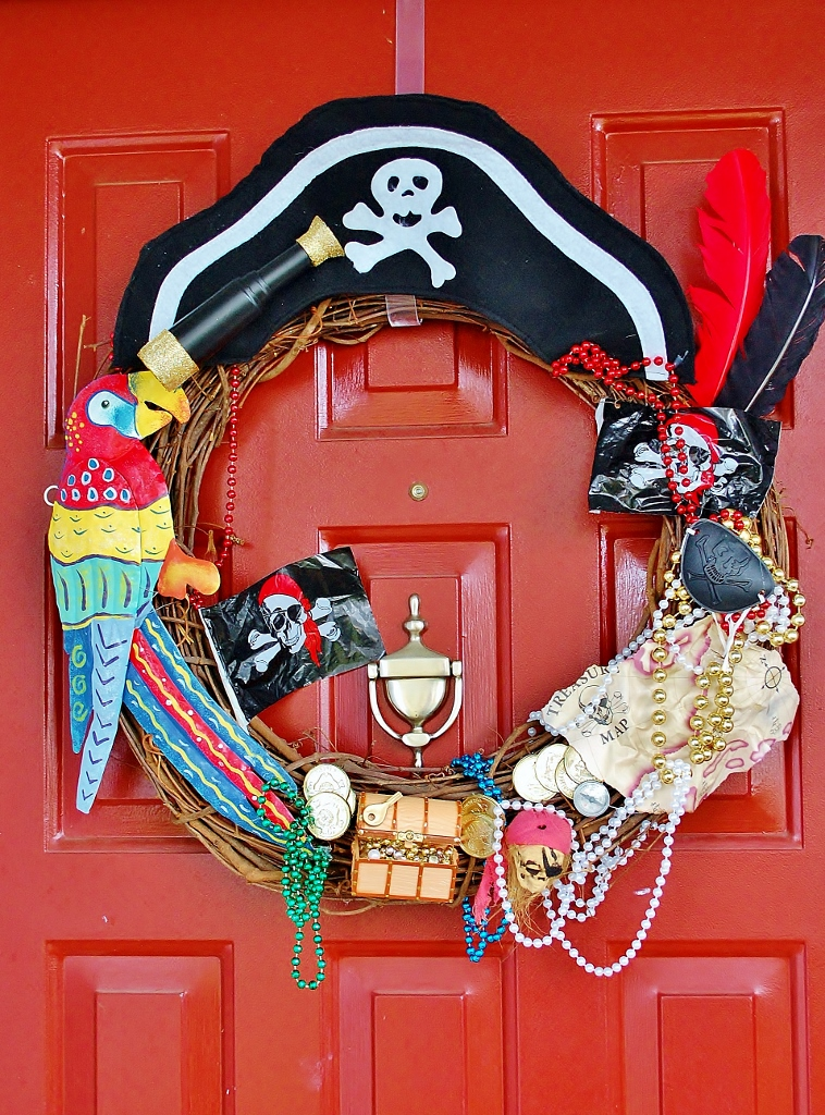 An Affordable DIY Gasparilla Wreath