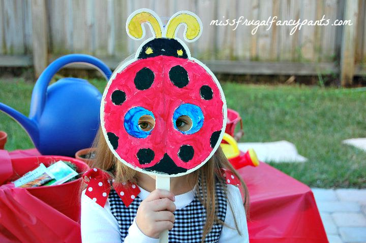 Outdoor Ladybug Garden Party Activities | missfrugalfancypants.com