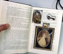 hollow-book-safe-secret-compartment-lock-key