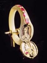 lockt-ring-elizabeth-1