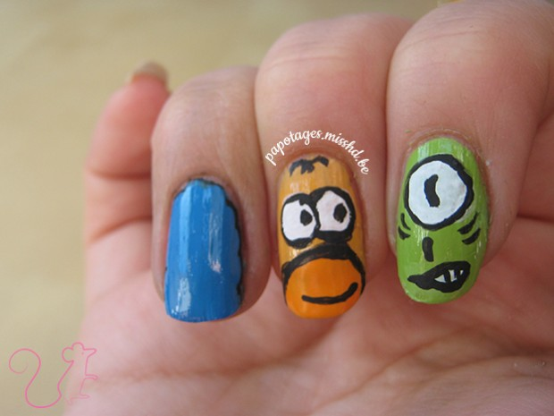 Nail art Les Simpsons
