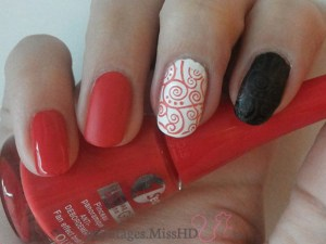 10 Rouge poppy : top coat brillant - top coat mat - stamping sur fond blanc - stamping sur fond noir