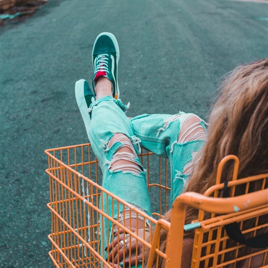 Costco好市多/家樂福【2021必買購物懶人包】哪些好物值得再買?哪些很雷不要踩?還有IKEA宜家家居/DAISO大創/大潤發/愛買/全聯/頂好/百貨公司/大賣場/超市/便利商店