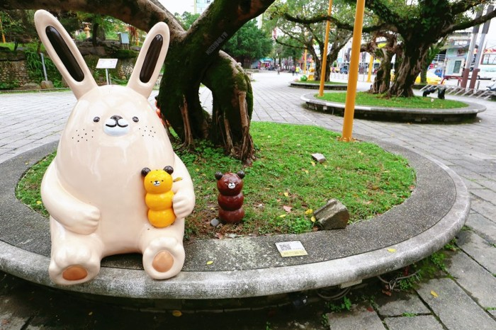 宜蘭羅東景點【中山公園】可愛童趣藝術裝置!羅東夜市中的溫馨親子公園!蒸汽火車頭