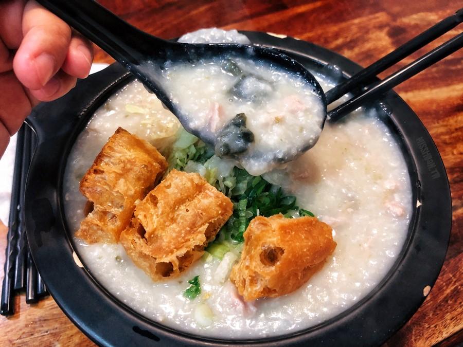 新竹竹北美食【粥仔魚/粥品料理一把罩】超好吃廣東粥!鮭魚豆腐太驚豔!飯麵類通通吃的到!