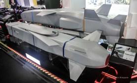 Крылатые ракеты SOM и SOM-J