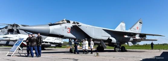 """МиГ-31БМ """"37"""""""