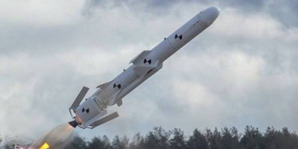 Ukraine Conducts Test of Neptun Cruise Missile