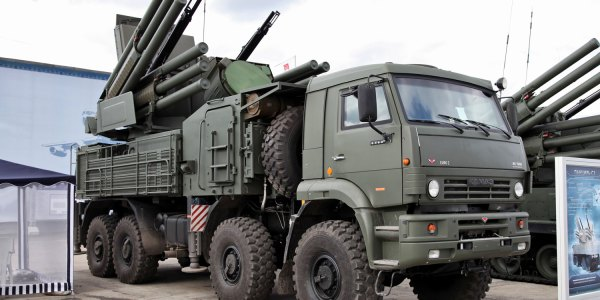 Russian Pantsir-S Missile Battalion Enters Service in Crimea
