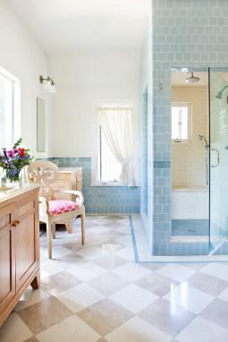 blue-traditional-bathroom