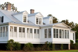 Архитектура США: стиль lowcountry, french plantation (реновация HistoricalConcepts). Источник