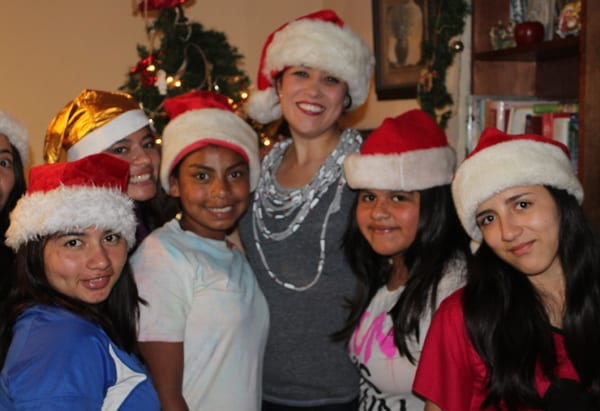 Sharie and the girls from Fundaninos, Christmas 2015