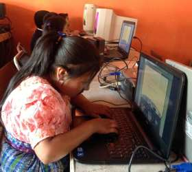 IT classes at our VETC for children in Colonia Santa Fe