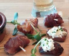 Truffes de foie gras – Saucisses cocktail General Tao – Ricardo – Dattes farcies au fromage bleu