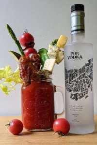 Bloody Caesar et vodka pur