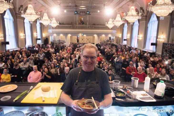 Stéphane Gadbois sur scène au FoodCampd de Québec 2019