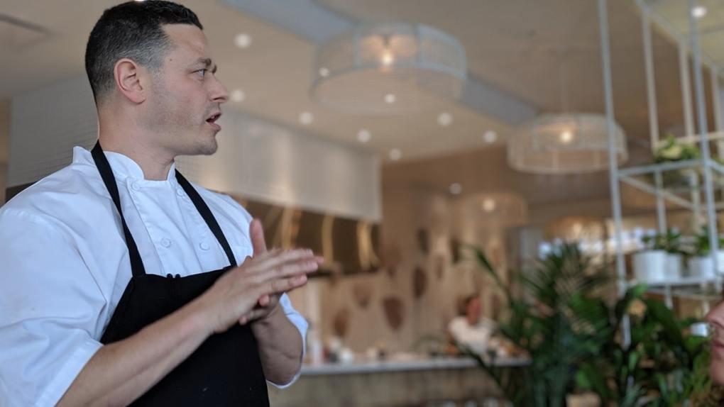 Marc-André Royal expliquant son projet de La bête à pain à Laval