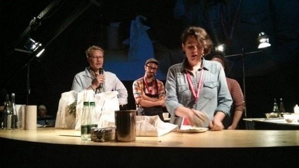 Élisabeth Cardin lors du festival Omnivore World Tour à Montréal en 2014. Le projet Manitoba était à ses débuts