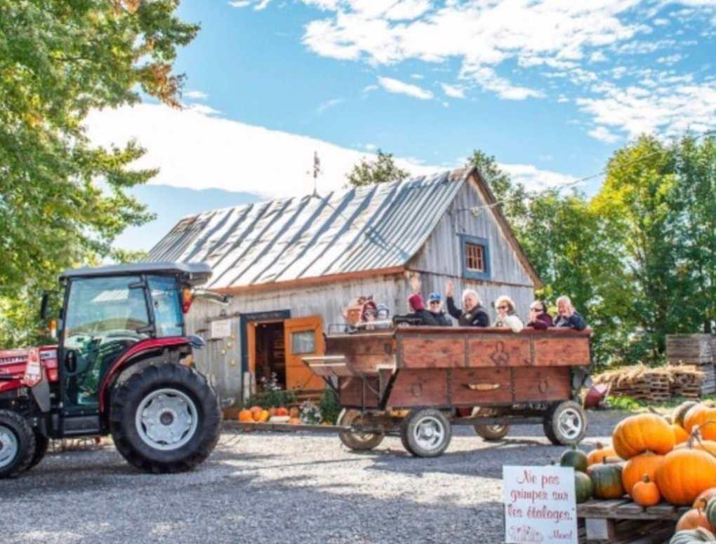 La courgerie et ses balade en tracteur