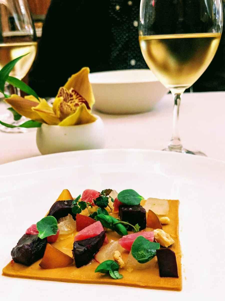 Betteraves et foie gras en mosaïque Le Pastel.