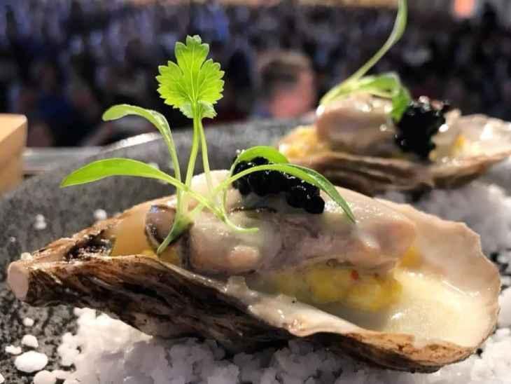 close-up sur les huîtres veloutées