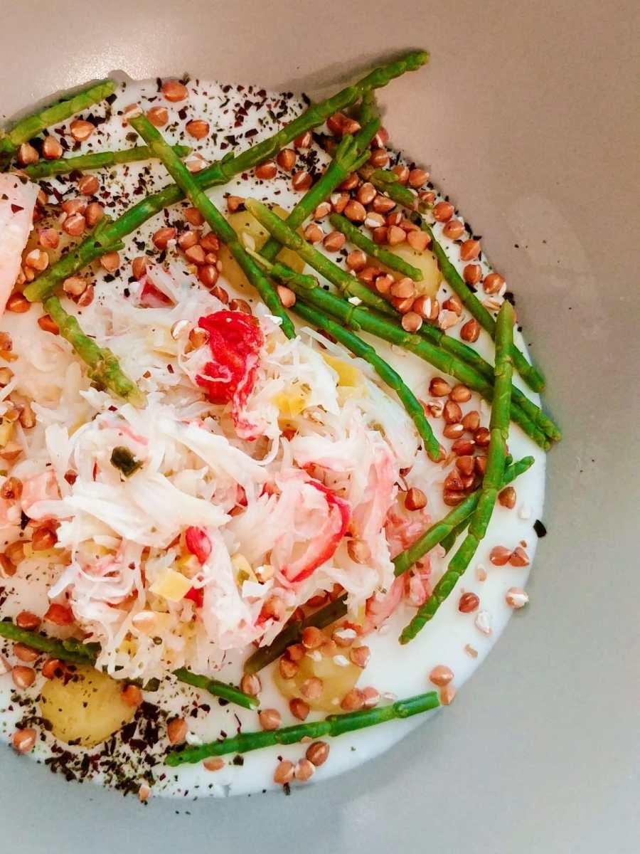 crabes-des-neiges-sarrasin-et-asperges-Table-des-gourmets